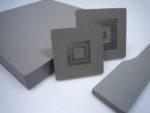 微細穴加工が要求されるICテストソケット向けに、帯電防止特性を発揮する淡色の加工用樹脂母材「SPLAS Silverシリーズ」を開発