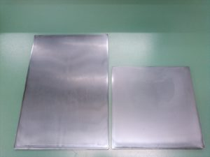 左:204 x 305 mm 右:204 x 204 mm